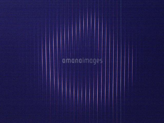 スキャナーカメラでのペンジュラムの光跡の写真素材 [FYI04278398]