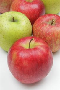 りんご3種の写真素材 [FYI04279418]