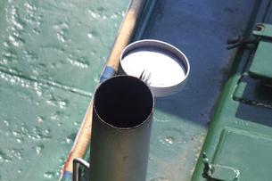 上から見たポンポン船の煙突の写真素材 [FYI04280367]