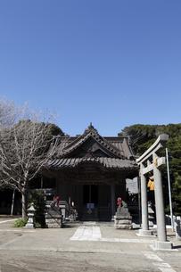 小動神社の写真素材 [FYI04280560]