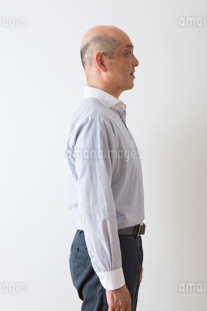 男性のポートレートの写真素材 [FYI04281946]