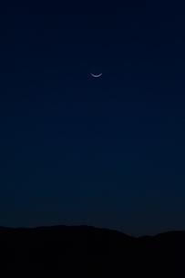 三日月の写真素材 [FYI04283579]