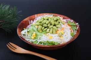 枝豆サラダの写真素材 [FYI04284699]