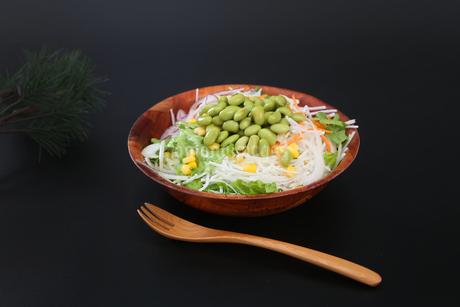 枝豆サラダの写真素材 [FYI04284701]