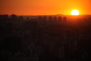 サンパウロの落日の写真素材 [FYI04284801]