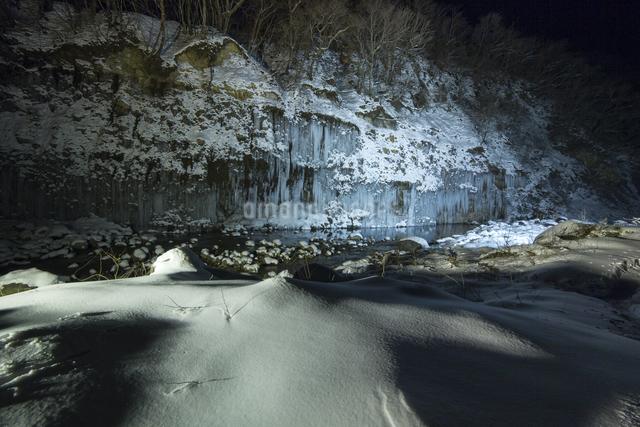 白川氷柱群 日本 長野県 木曽町の写真素材 [FYI04286870]