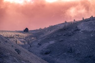 鉢伏山登山口山小屋 日本 長野県 岡谷市の写真素材 [FYI04286915]