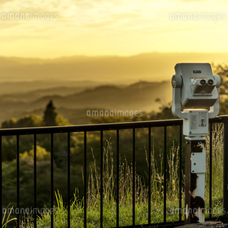 展望台 フォレストパーク神野山 日本 奈良県 山添村の写真素材 [FYI04286993]