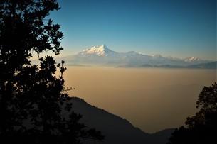 マナスル山群から見たエベレストの写真素材 [FYI04287080]