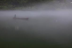 夢幻峡の渡し 日本 福島県 大沼郡の写真素材 [FYI04287136]