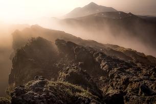 韓国岳山頂 日本 宮崎県 小林市の写真素材 [FYI04287164]