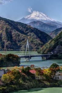 丹沢湖 日本 神奈川県 足柄上郡の写真素材 [FYI04287244]