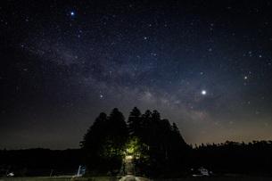 天の川 日本 広島県 山県郡の写真素材 [FYI04287433]