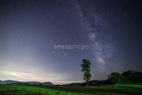 天の川 日本 広島県 広島市の写真素材 [FYI04287440]