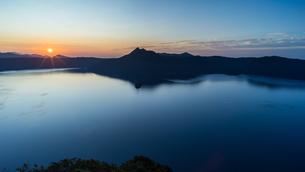 摩周湖 日本 北海道 弟子屈町の写真素材 [FYI04287443]