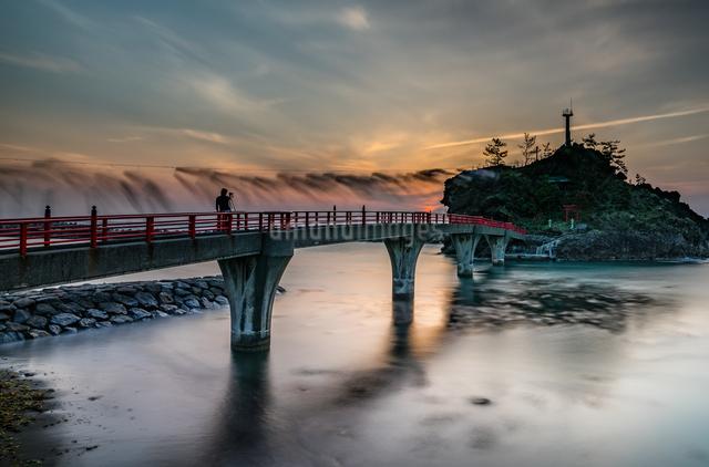 弁天岩  日本 新潟県 糸魚川市の写真素材 [FYI04287480]