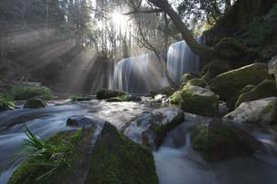鍋ヶ滝の写真素材 [FYI04287495]