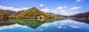 御岳湖 日本 長野県 王滝村の写真素材 [FYI04287514]