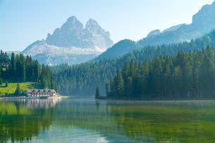 ミズリーナ湖 イタリアの写真素材 [FYI04287815]