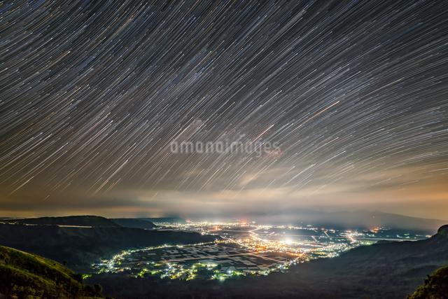 絶景駐車場 日本 熊本県 阿蘇市の写真素材 [FYI04287840]