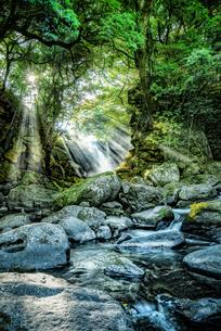 夫婦滝 日本 熊本県 南小国町の写真素材 [FYI04287847]