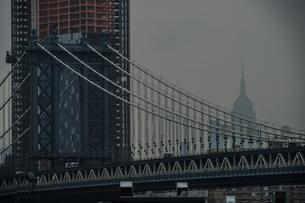ブルックリンブリッジ(アメリカ・ニューヨーク)の写真素材 [FYI04290016]