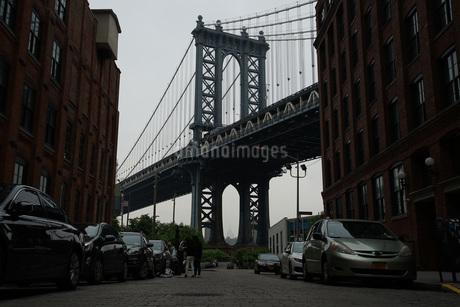 マンハッタンブリッジ(アメリカ合衆国・ブルックリン)の写真素材 [FYI04290130]