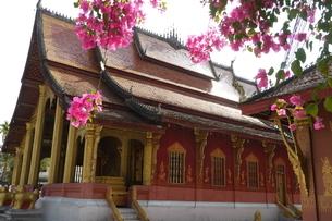 ラオスの神社 ラオスの寺院 東南アジアの寺院の写真素材 [FYI04290359]