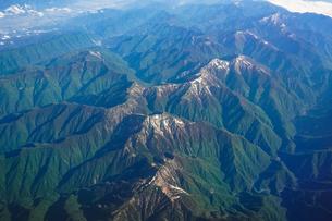 南アルプスこと赤石山脈を空撮の写真素材 [FYI04290546]