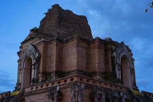 タイ チェンマイの遺跡の写真素材 [FYI04291198]