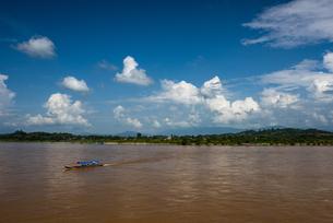 タイ チェーンセーンのメコン川の写真素材 [FYI04291200]
