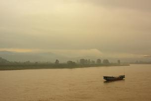タイ チェーンセーン メコン川の写真素材 [FYI04291206]