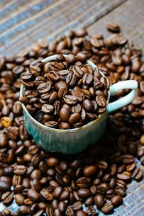 コーヒー豆の写真素材 [FYI04291696]