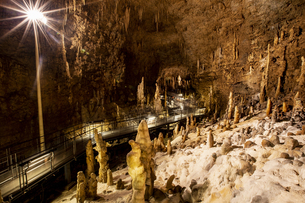 おきなわワールド 文化王国・玉泉洞の写真素材 [FYI04292122]