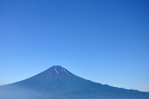 夏富士山コピースペースの写真素材 [FYI04294753]