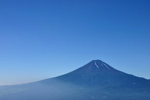 夏富士山コピースペースの写真素材 [FYI04294754]