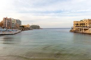 セントジュリアンズ バルータベイのビーチの写真素材 [FYI04294857]