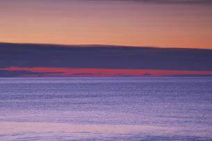 朝の海の写真素材 [FYI04295046]