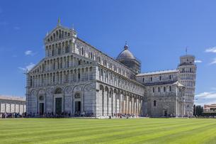イタリア、ピサの大聖堂の写真素材 [FYI04295177]