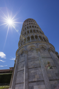 イタリア、ピサの斜塔の写真素材 [FYI04295399]