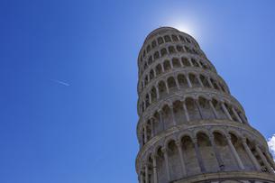 イタリア、ピサの斜塔の写真素材 [FYI04295400]