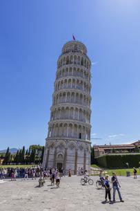 イタリア、ピサの斜塔の写真素材 [FYI04295401]