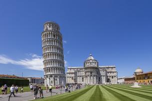 イタリア、ピサの斜塔の写真素材 [FYI04295413]