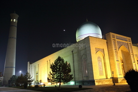 ウズベキスタン、タシケントのモスクの写真素材 [FYI04295520]