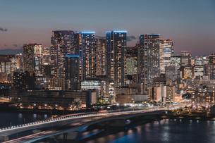 東京湾岸エリアの夜景の写真素材 [FYI04295751]