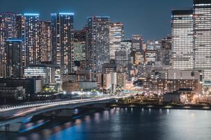 東京湾岸エリアの夜景の写真素材 [FYI04295778]
