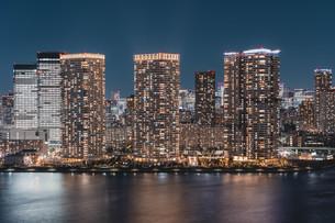 東京湾岸エリアの夜景の写真素材 [FYI04295782]