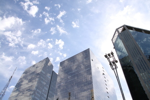 サンパウロのガラス張りのオフィスビルの写真素材 [FYI04297664]