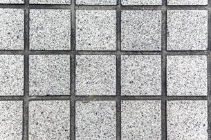 四角の石材タイルの背景素材の写真素材 [FYI04299072]
