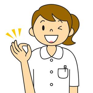 白衣姿の若い女性 OKポーズ イラストのイラスト素材 [FYI04299535]